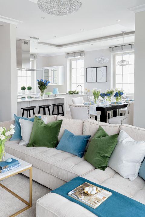 stylowe wnętrze salon poduszki