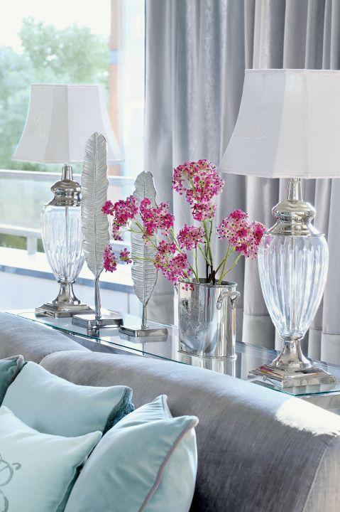 Miętowy apartament – wnętrze, które łączy styl hampton z glamour