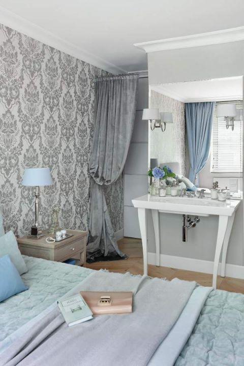 wnętrza w stylu glamour pastelowa sypialnia