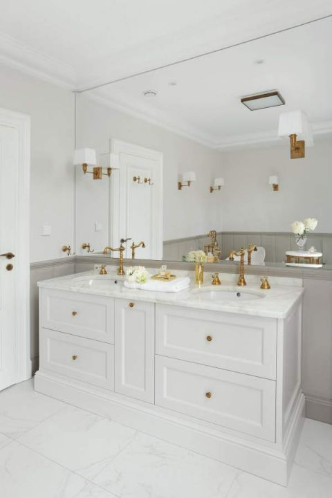aranżacja wnętrz modern classic biała łazienka