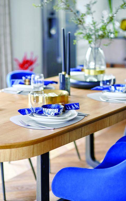 stylowy nowoczesny dom nakrycie stołu