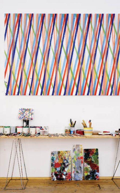 W pracowni artysty organizowane są lekcje malarstwa i rysunku.