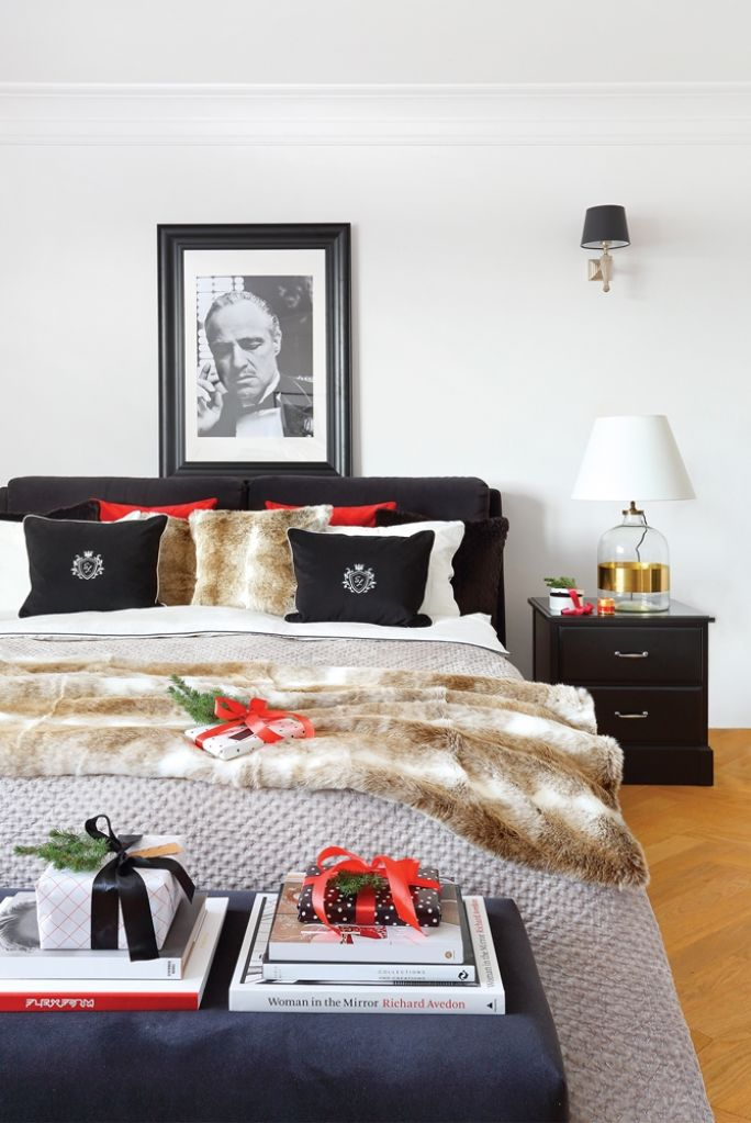 czarno biała sypialnia styl nowojorski