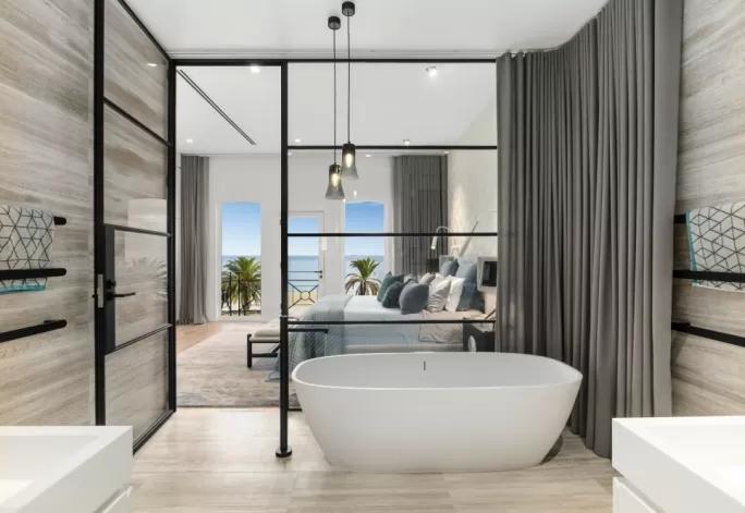 modne wykończenie ścian i podłogi w łazience