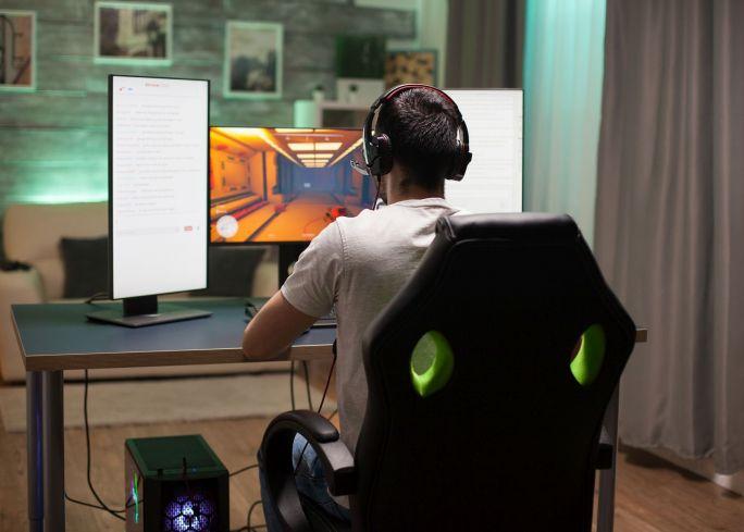 fotele gamingowe czy są dobre do biurka