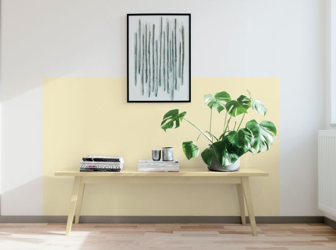 malowanie lamperii na ścianie