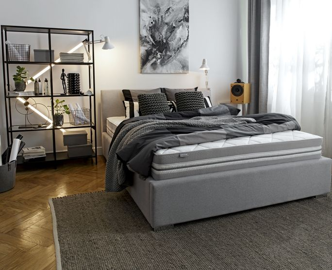 jak ustawić łóżko