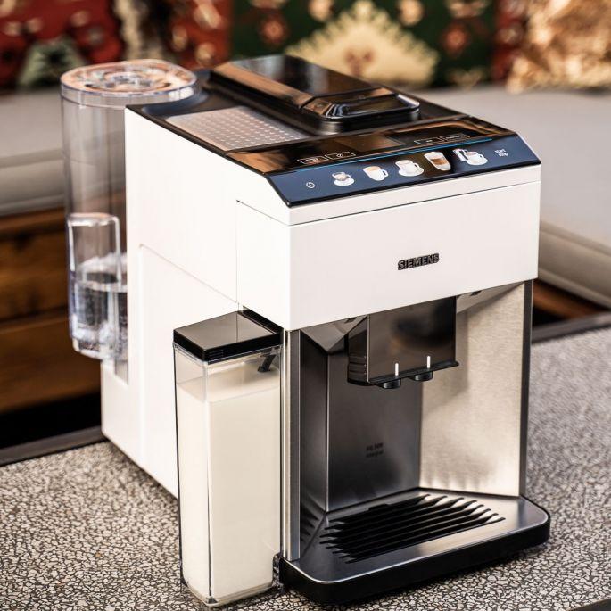 Pijemy kawę z nowych ekspresów marki Siemens
