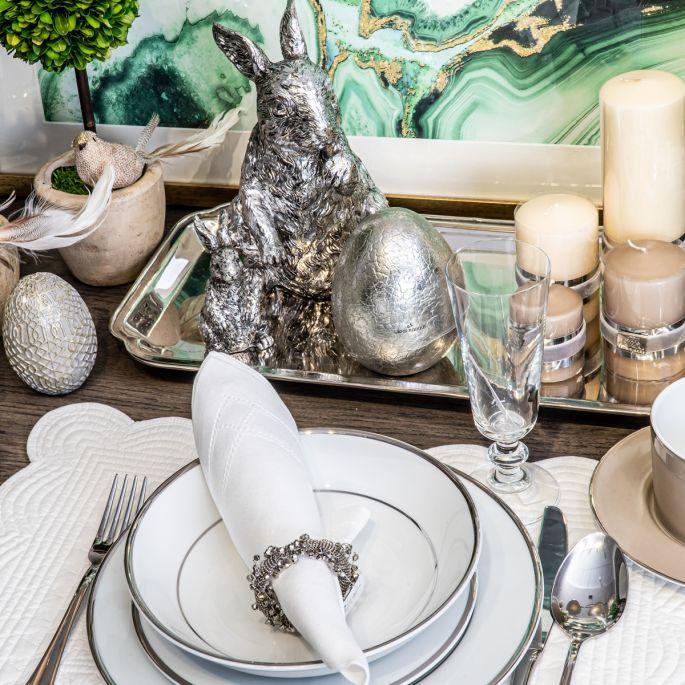 Dekoracje na Wielkanoc: modne ozdoby na stół i parapet z wiosennymi akcentami