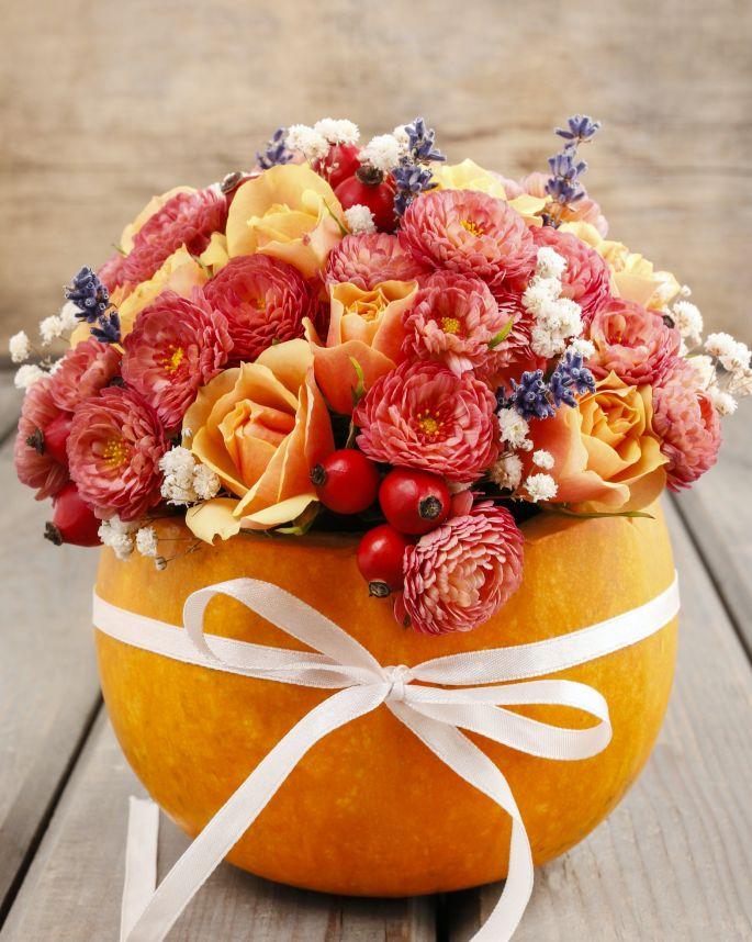 jak zrobić wazon na kwiaty z dyni