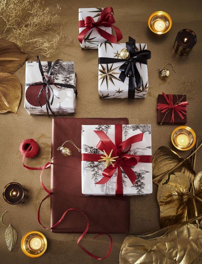 jak zapakować prezent pod choinkę
