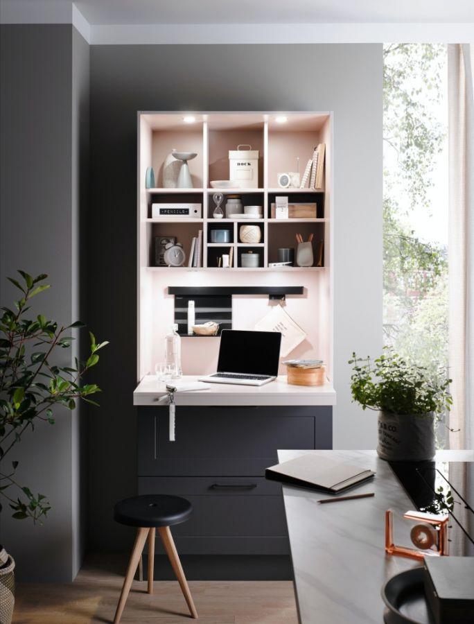biuro w kuchni