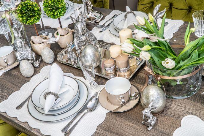 dekoracje wielkanocne na stół