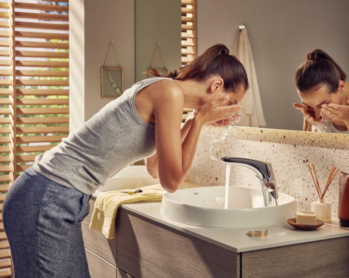 Bateria umywalkowa z serii Insignia, fot. Roca