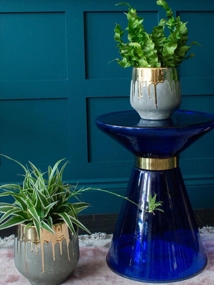 Stolik pomocniczy z niebieskiego szkła, Audenza, audenza.com
