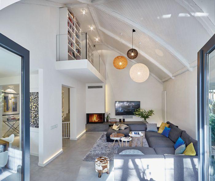 Architektura i las: nowoczesny dom z 65-metrowym tarasem