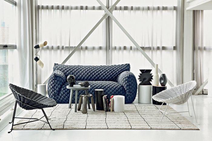 NUVOLA, nowoczesna sofa - puchata niczym chmurka, dzieło Paoli Navone, GERVASONI, mood-design.pl