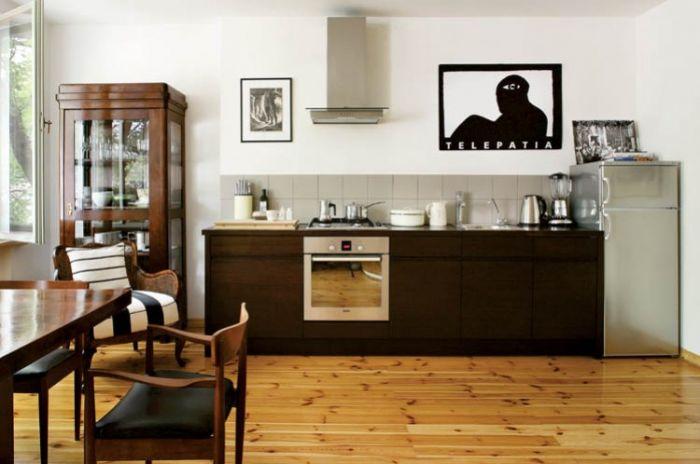 Kuchnia w salonie zobowiązuje - tu nie ma miejsca na bałagan.