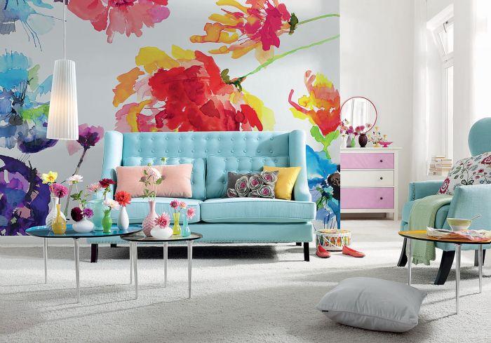 tapeta na ścianie w salonie