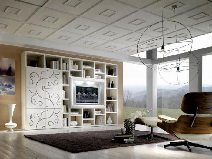 Telewizor niekoniecznie musi wisieć na ścianie. HEBAN