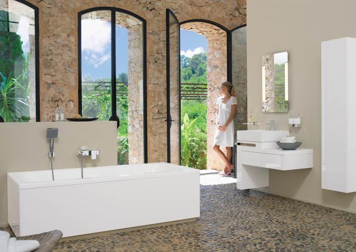 Za akrylową wannę Esprit Home Bath Concept zapłacimy 2891 zł. KLUDI