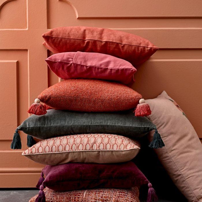 tekstylia w kolorze Living Coral