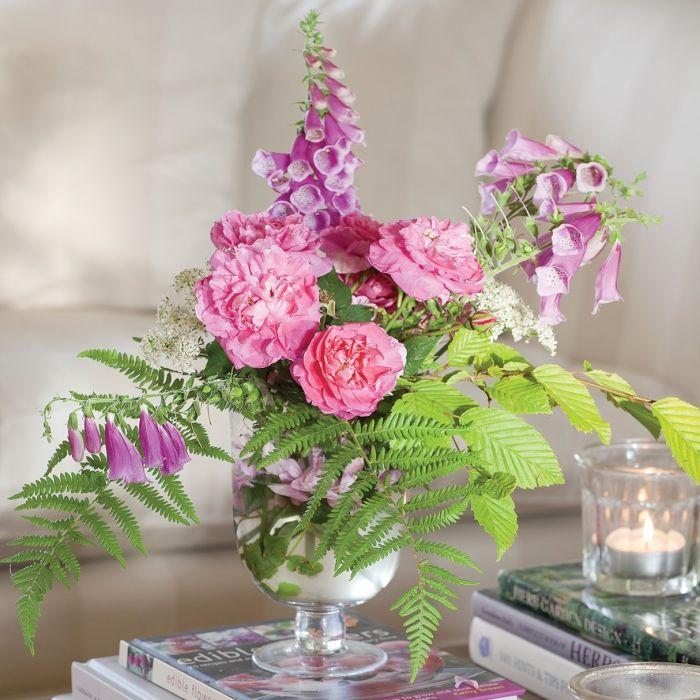 kompozycje kwiatowe do domu