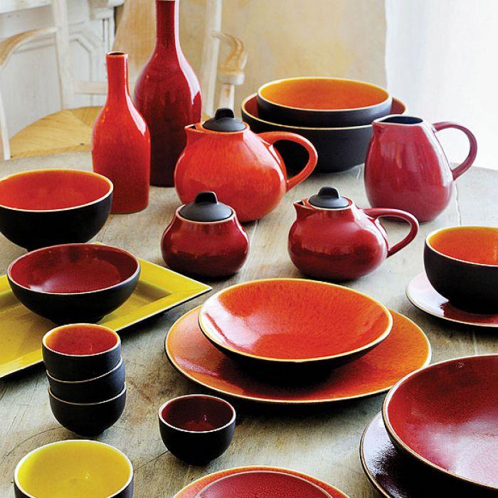 Francuska ceramika JARS, kolekcja Tourron Cerise, naczynia tej firmy można kupić w sklepie NAP