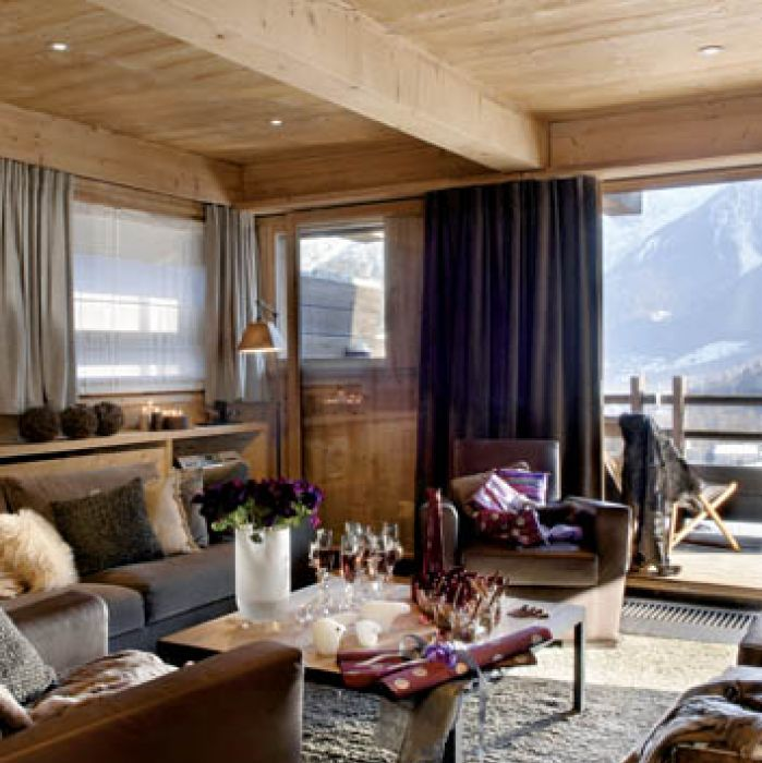 Z salonu rozpościera się wspaniały widok na Mont Blanc.