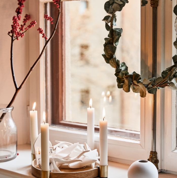 świąteczne dekoracje na okno świecznik