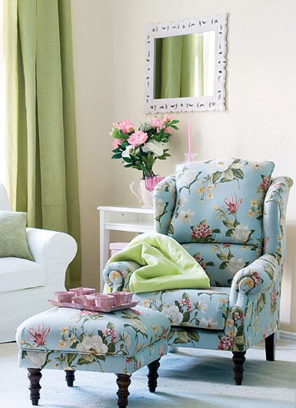 Duży fotel czy mała kanapa?