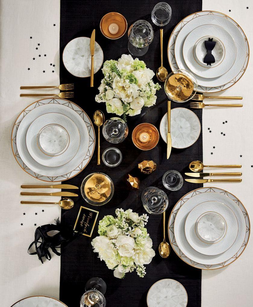 stół wigilijny złoto