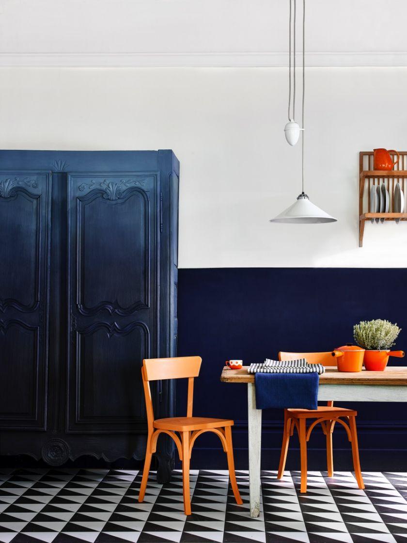 Modny kolor ścian: Oxford Navy, Annie Sloan, anniesloan.com/pl