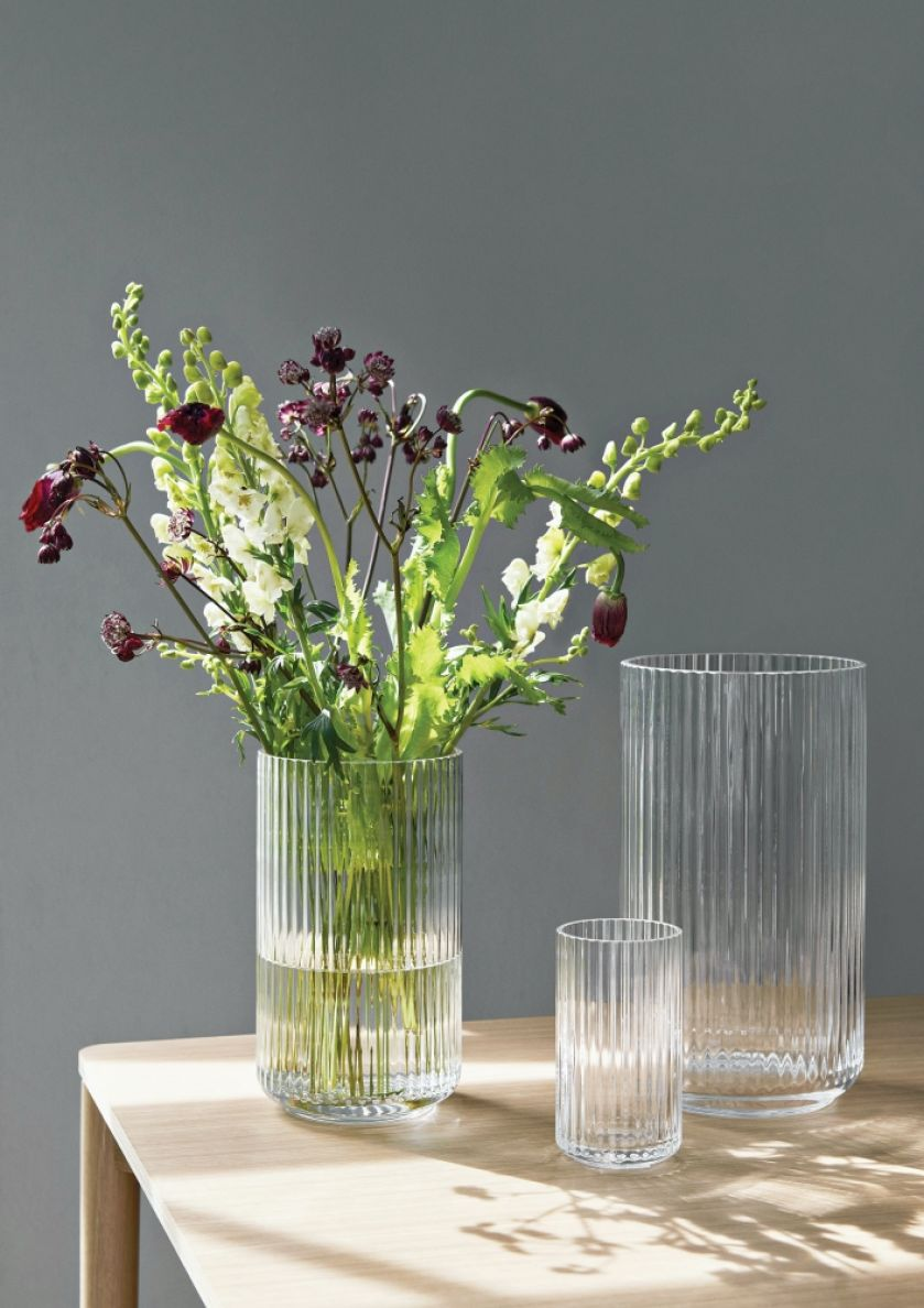 szklany wazon przezroczysty