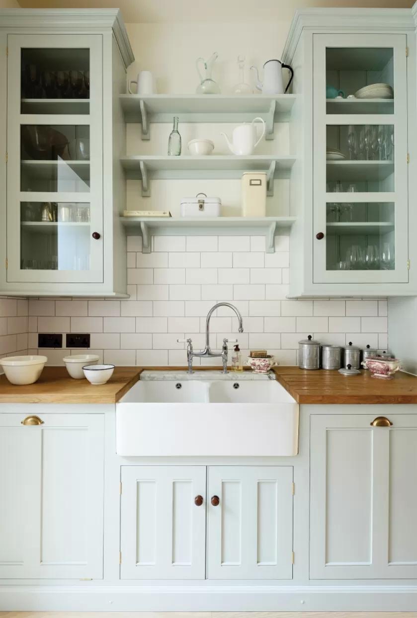 niebieskie szafki kuchenne