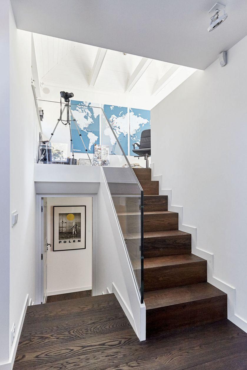 schody w holu