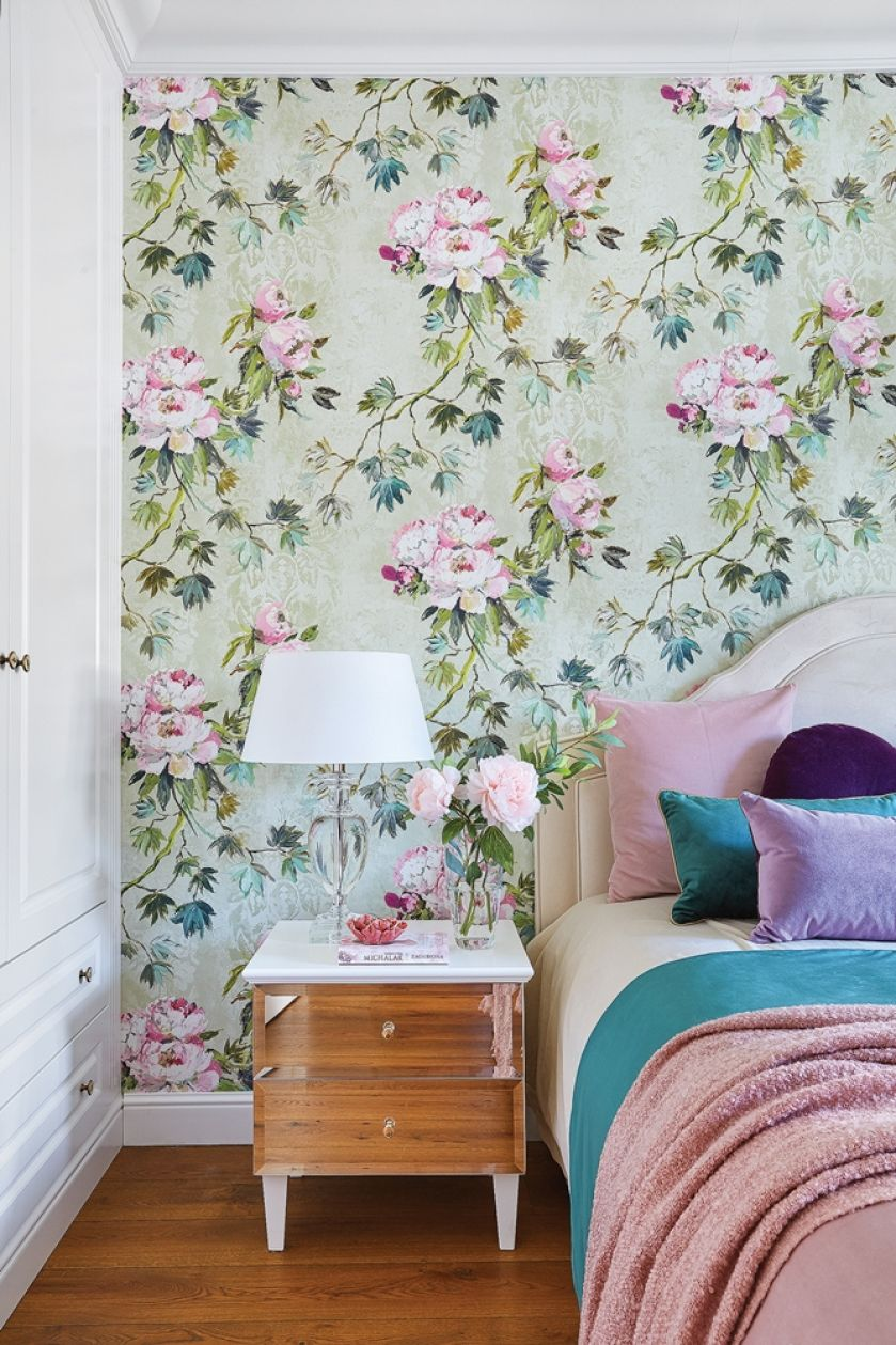 sypialnia butelkowa zieleń i pudrowy róż