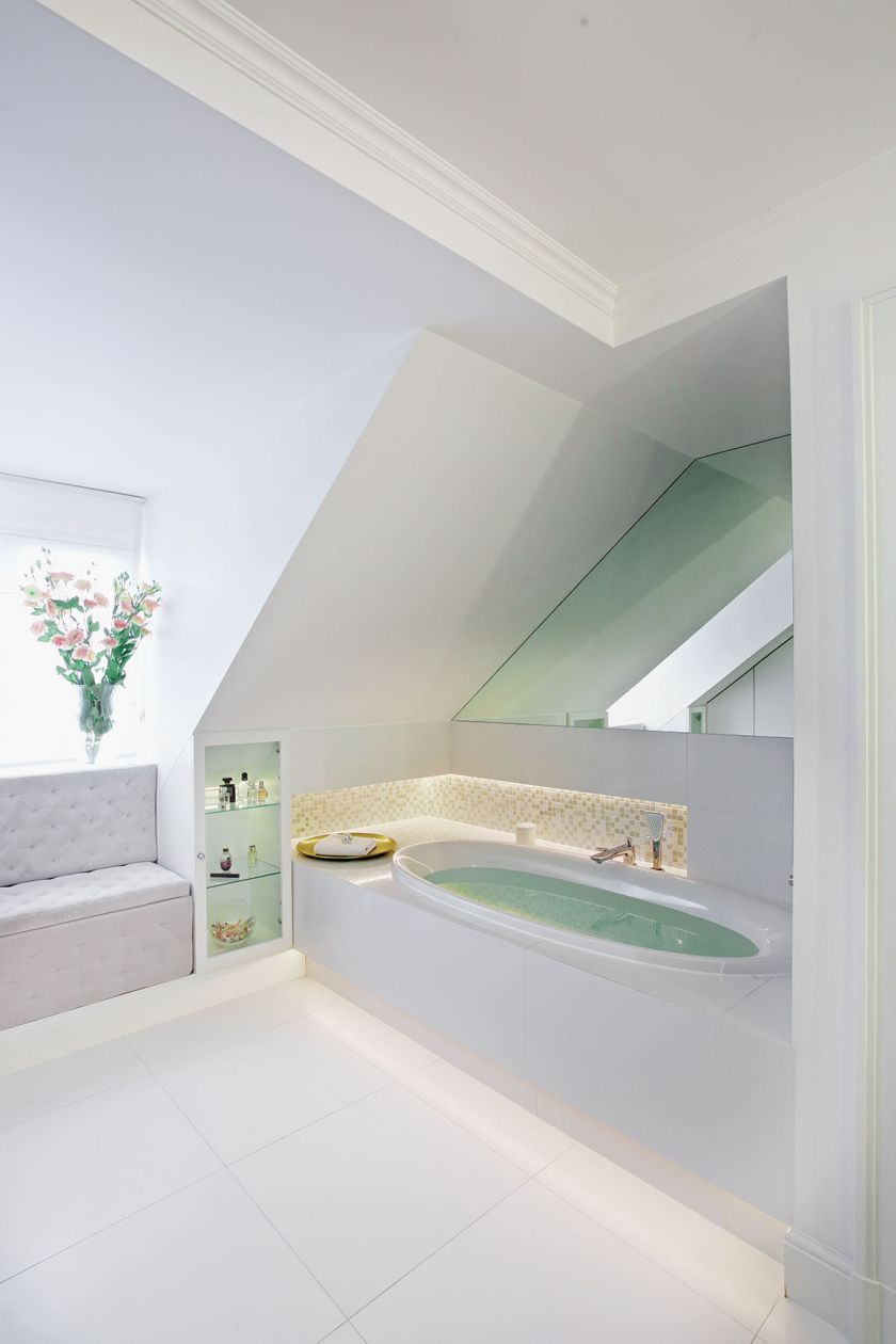 paryski styl łazienka skosy