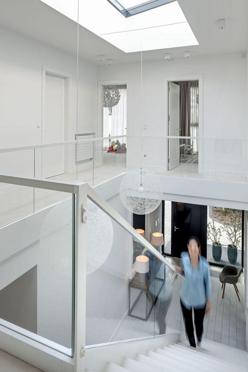nowoczesny dom schody