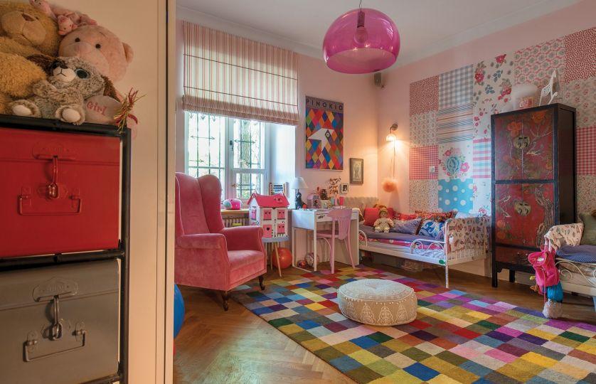 kolorowy pokój dziecięcy w stylu vintage i nowoczesnym