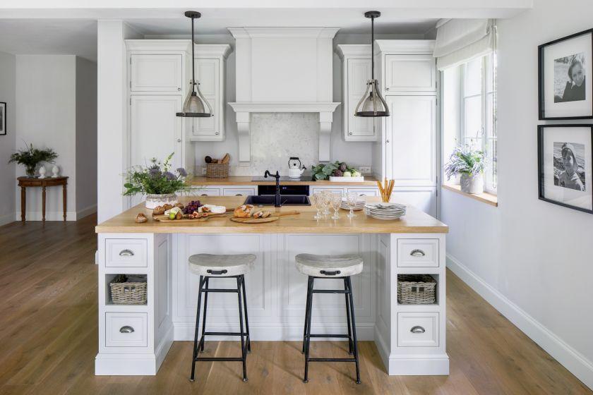 biała kuchnia w stylu angielskim