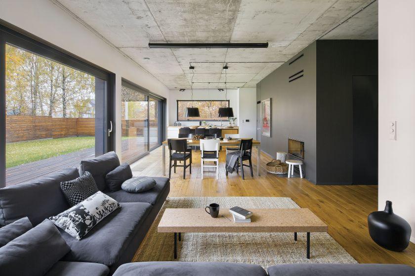 Architekci pokazują, jakie efekty można osiągnąć poprzez umiejętne kadrowanie widoków za oknem przy pomocy... framug!