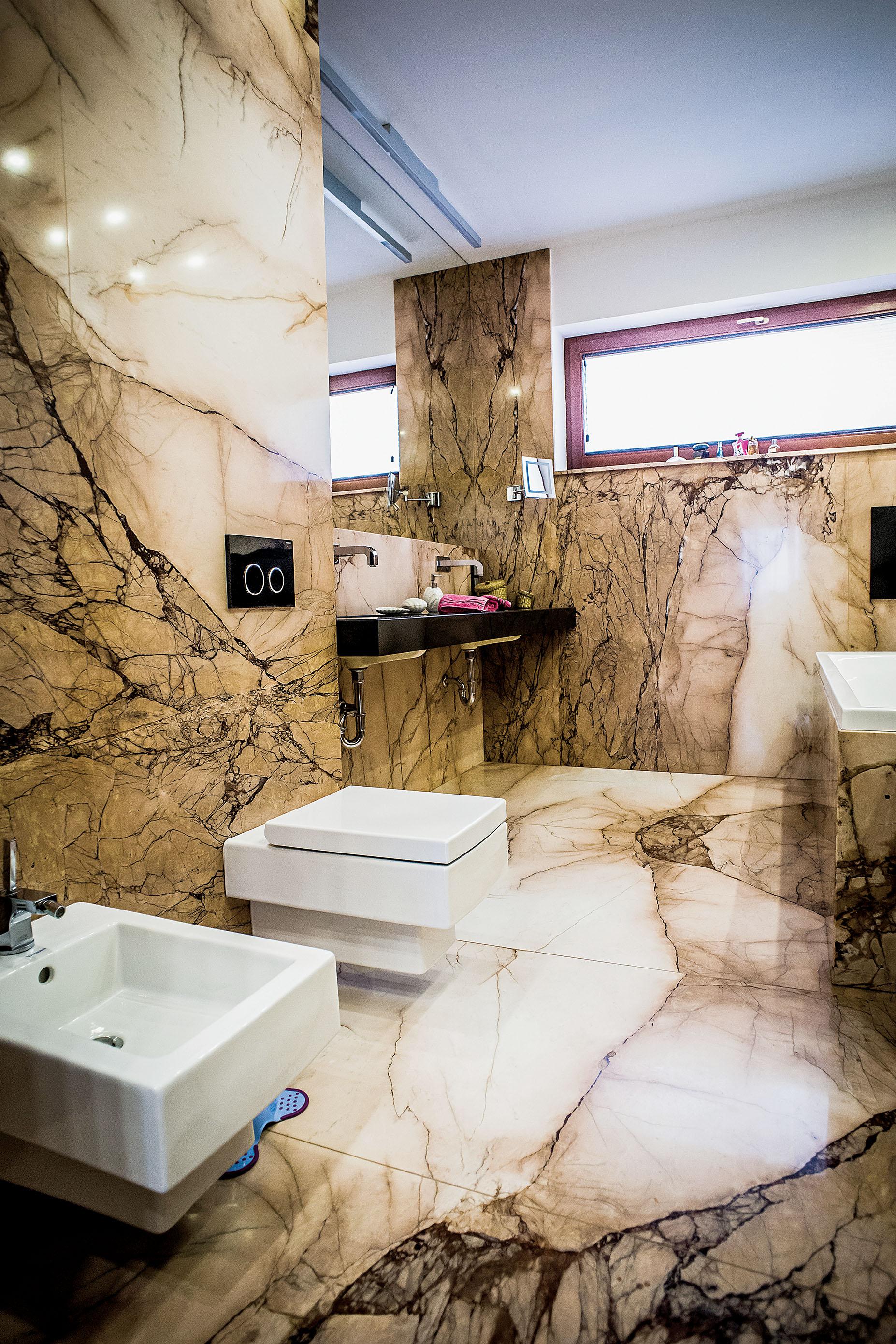 Szlachetny Kamień W łazience Werandapl